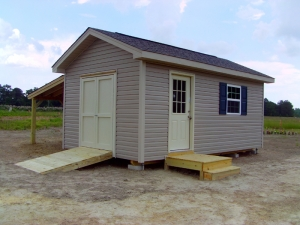 Clayton large shed with leanto